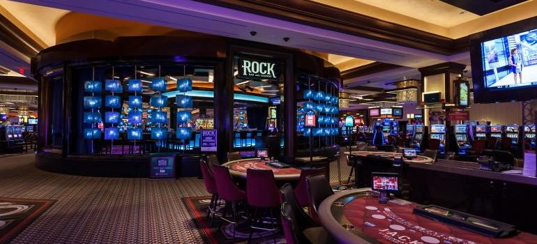 Ten Recommendations On Online Casino To Double Your Small Business